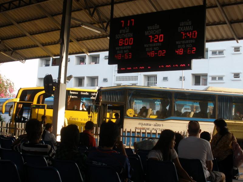 bus-station-pattaya