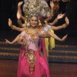 thai-lady-show