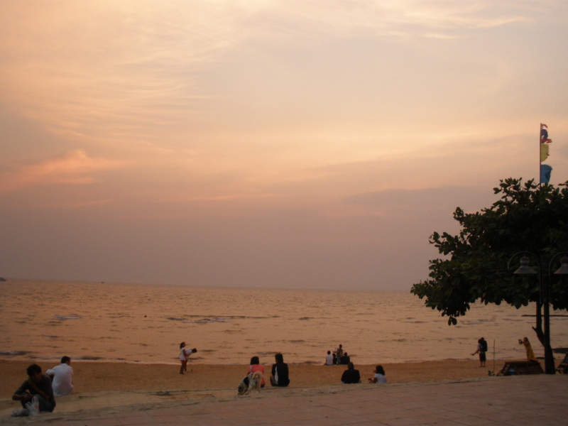 pattaya-hill-beach