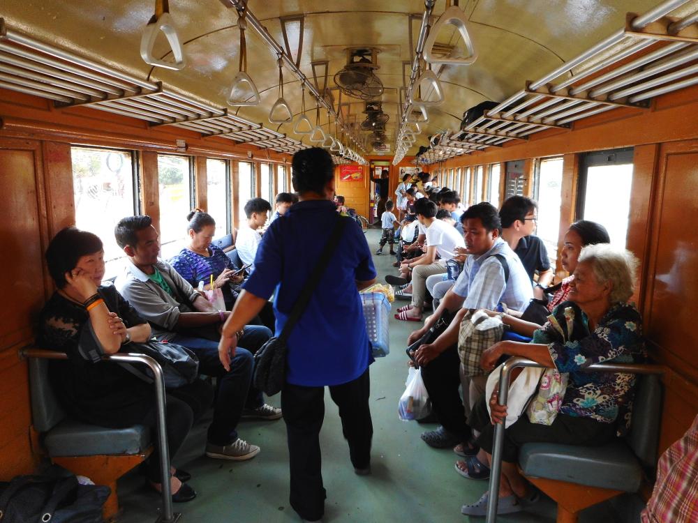 traintrip_thai40