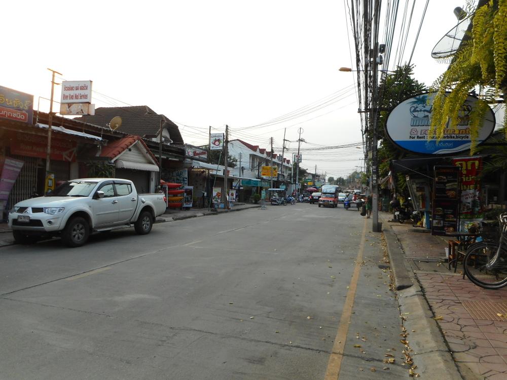 traintrip_thai83